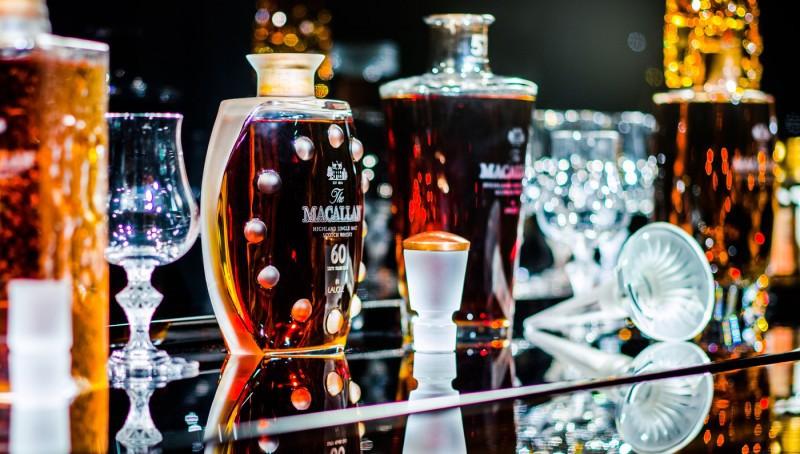 Cea mai scumpă colecţie de whisky din lume a fost vândută pentru aproape 1 milion de dolari