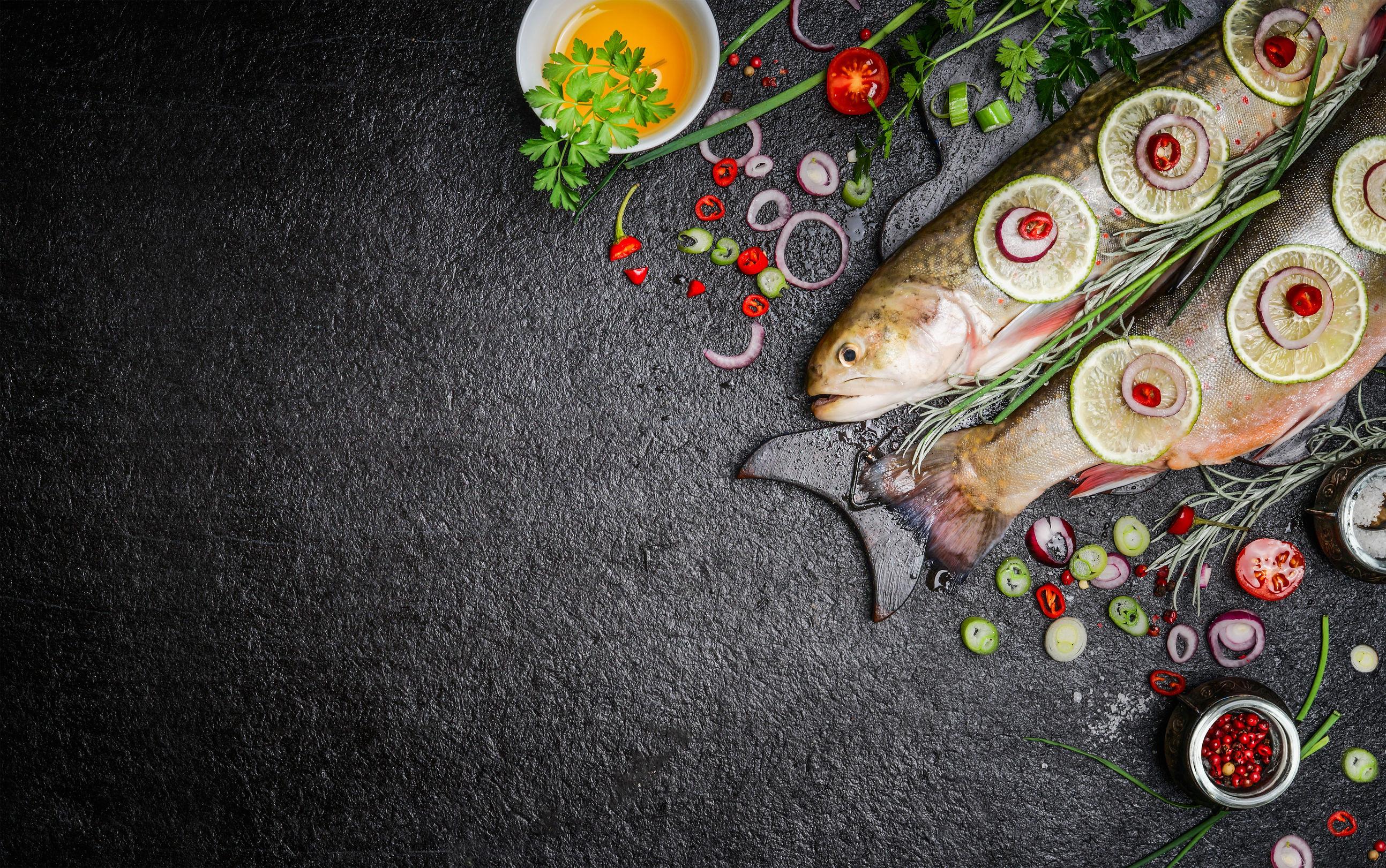 Tot ce trebuie să ştii despre peştele proaspăt vs. cel congelat