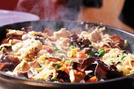 Bucătăria filipineză va fi următoarea tendinţă în materie de mâncare, susţine Anthony Bourdain