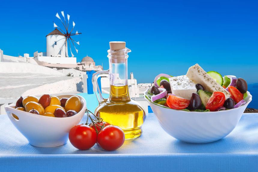 Dieta mediteraneană funcţionează mai bine pentru oamenii bogaţi, potrivit studiilor