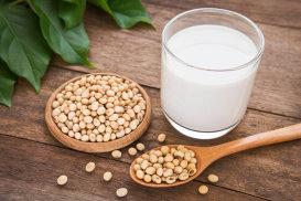 Laptele de soia, cea mai bună alternativă la laptele de vacă