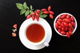 De ce nu trebuie să bem ceai de fructe între mese
