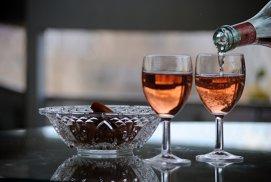 Relaţiile lungi duc la preferinţe similare în privinţa vinului