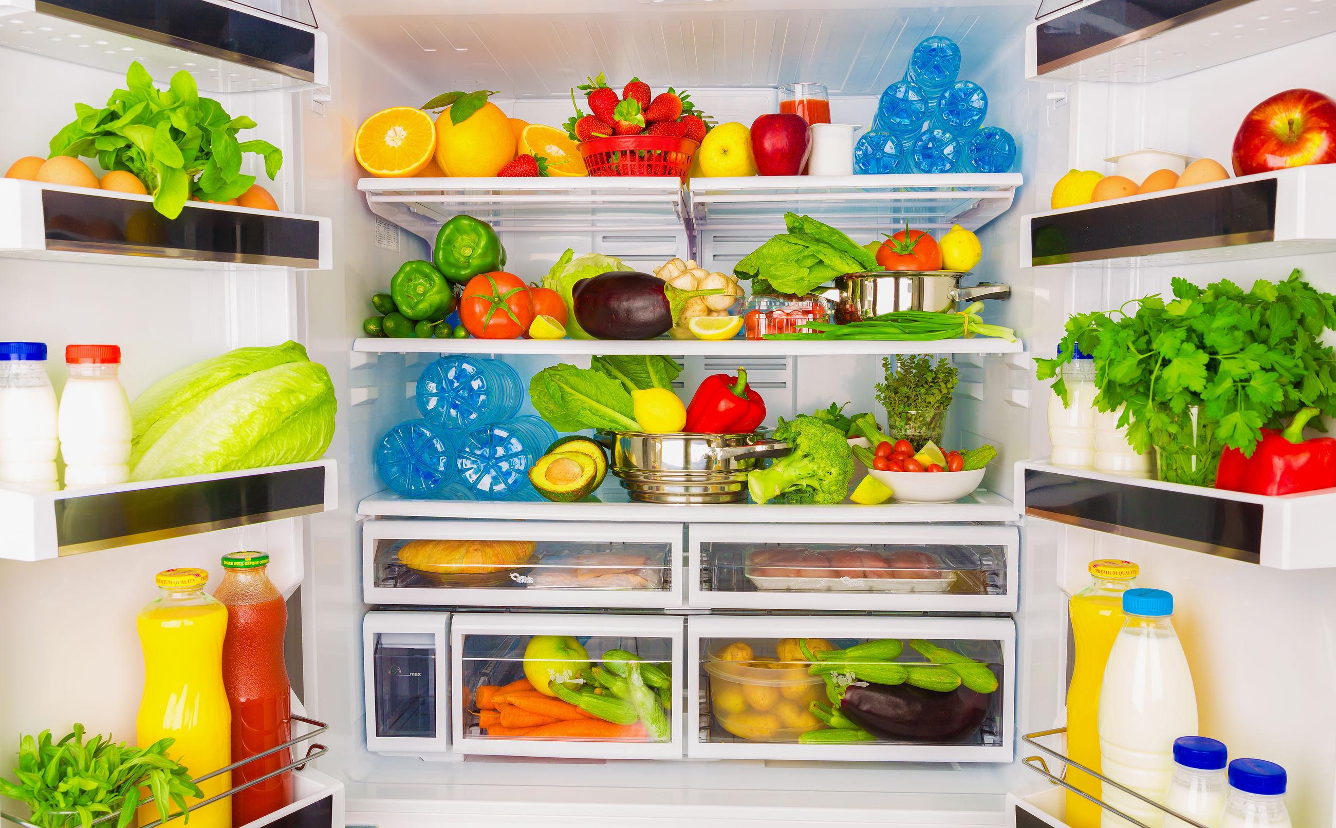 Află cum se curata frigiderul si cum scăpăm de mirosurile neplăcute din frigider