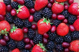 Cum se curăţă şi depozitează corect fructele de pădure