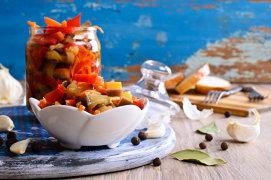 10 legume şi fructe pe care nu ştiai că le poţi mura