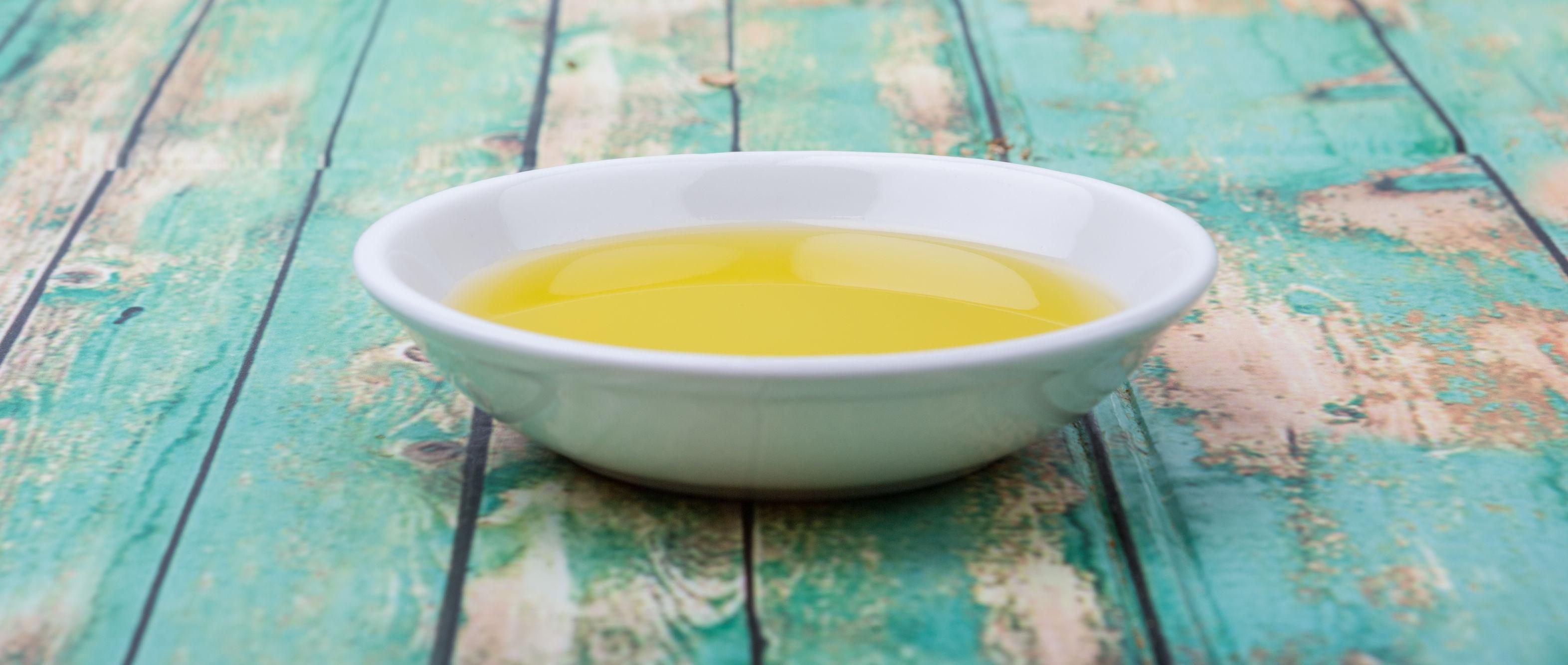 Trei uleiuri pentru a-ţi reinventa preparatele