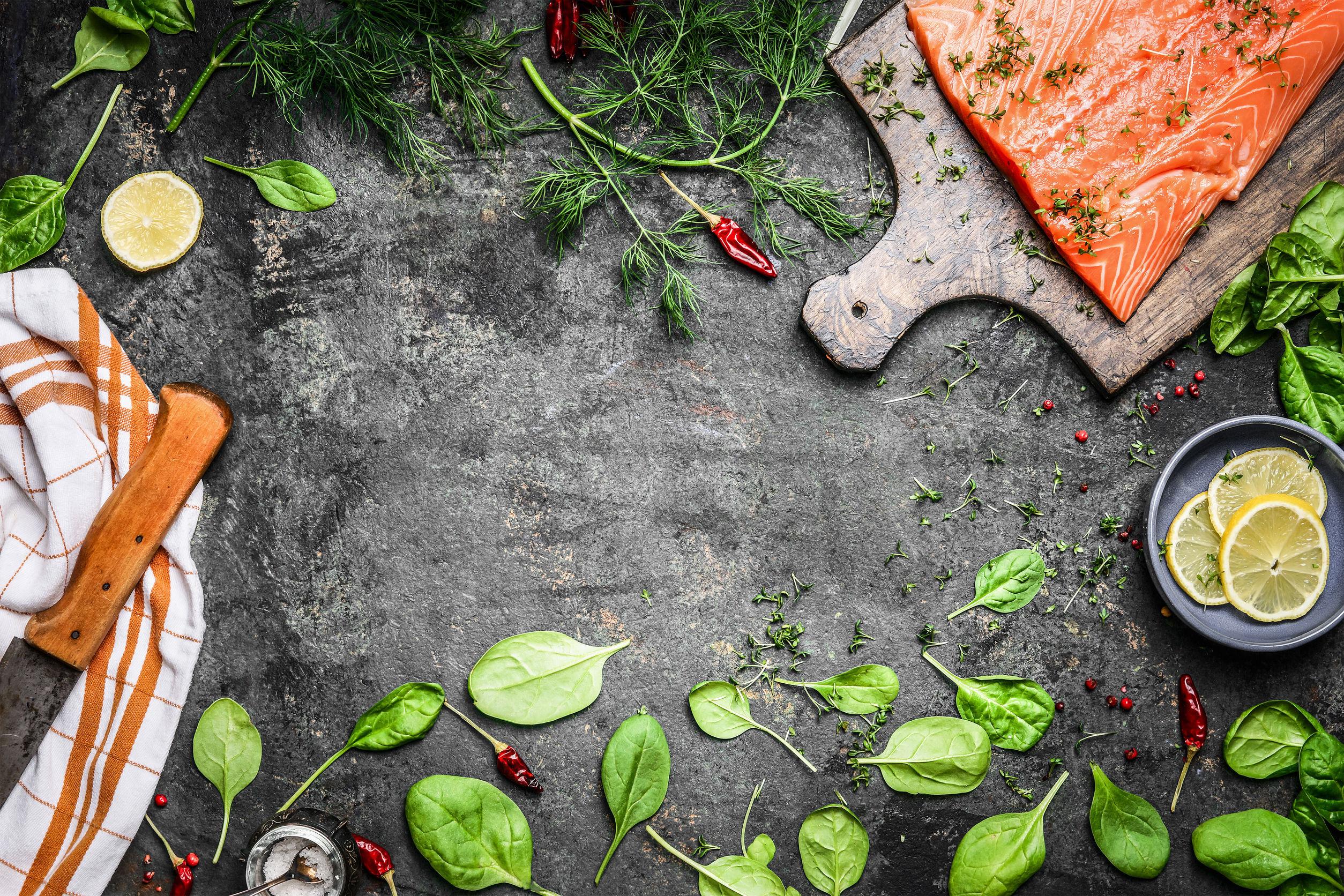 Cum să cureţi, dezosezi sau să tai corect carnea, peştele şi fructele de mare