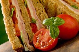 Sandvişul care poate hrăni 10 oameni