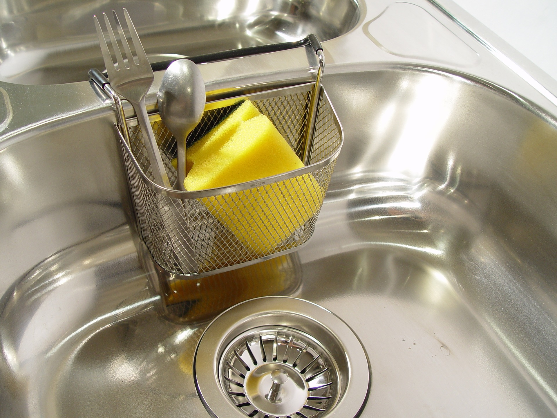 Cât de des trebuie să speli chiuveta?