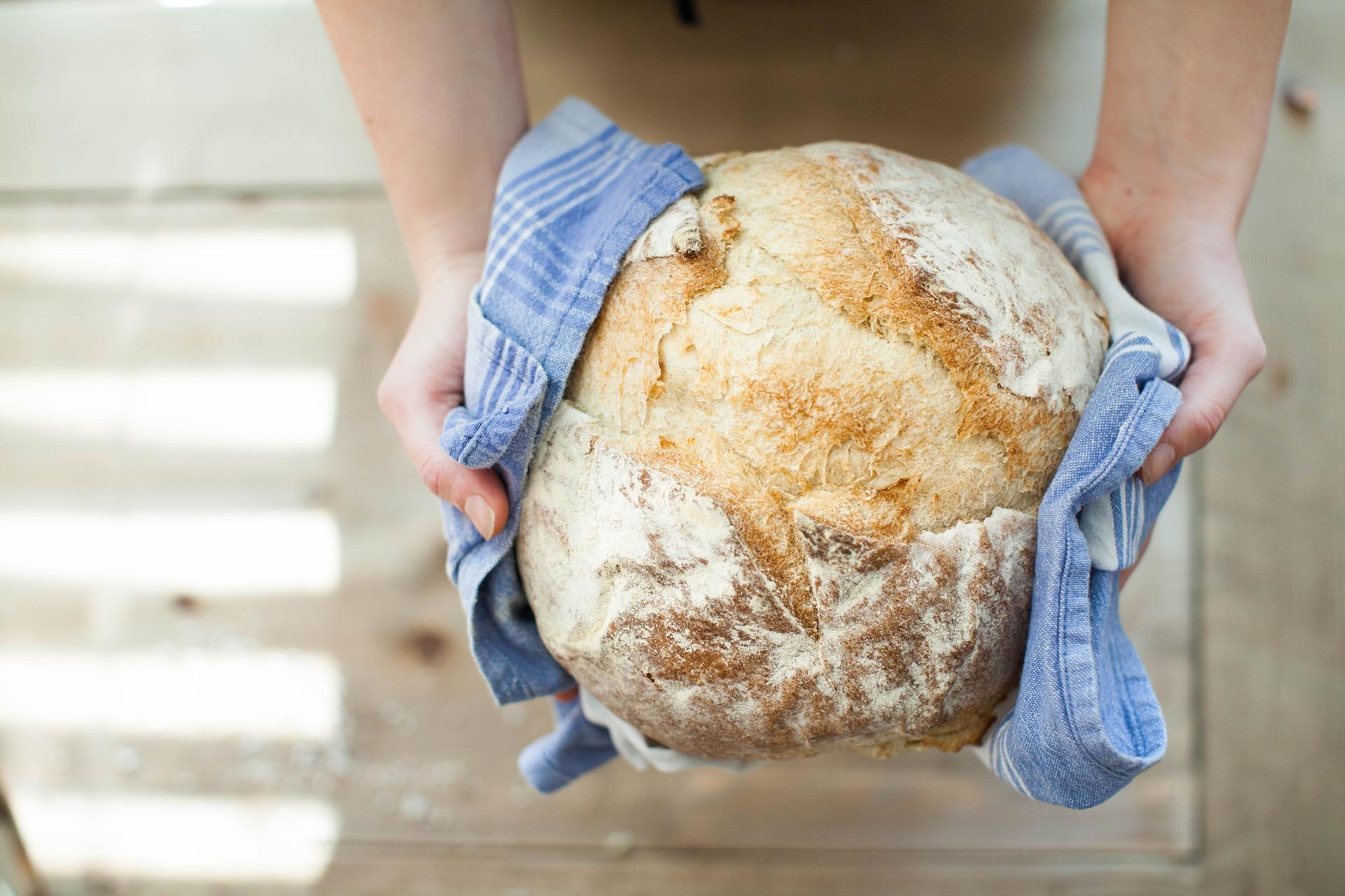 Pâine fără frământare. Cea mai simplă reţetă.