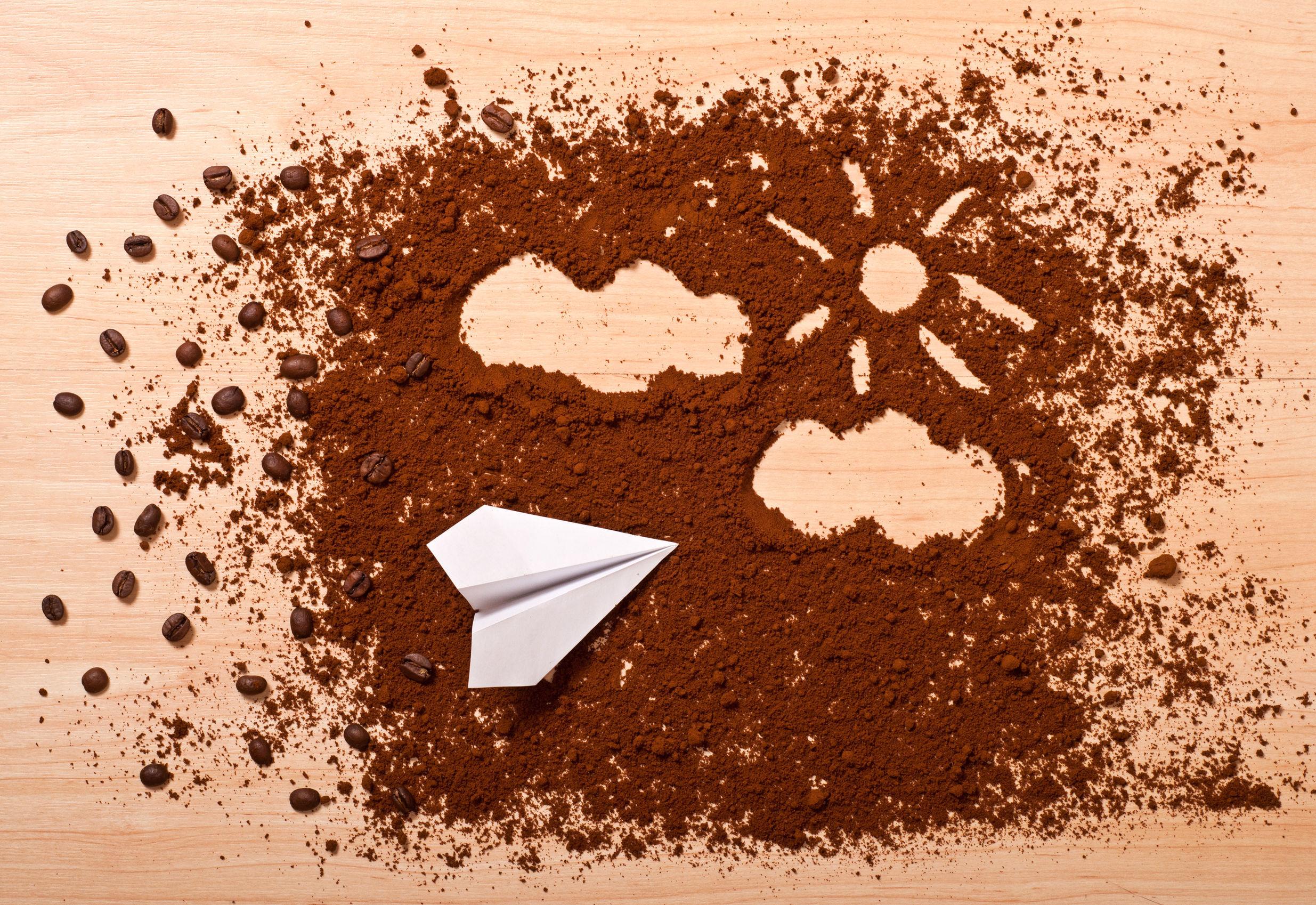 De ce cafeaua din avion are un gust ciudat