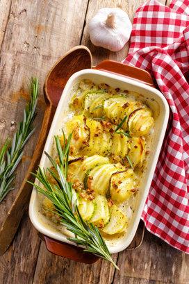 14 feluri în care să găteşti un cartof şi lucruri mai puţin ştiute despre a patra sursa de energie alimentară