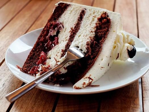 Puteţi învăţa multe despre o persoană în funcţie de modul în care se bucură de desert