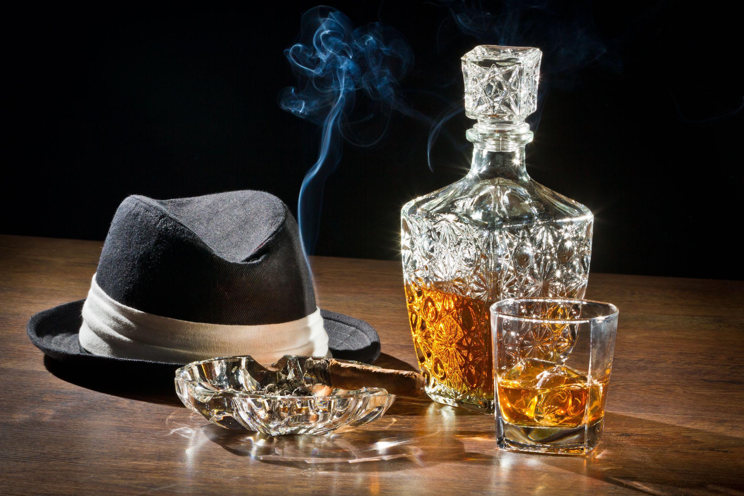 Cum recunoşti o sticlă de whisky contrafăcut
