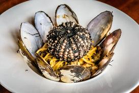 "Rockstarurile gastronomiei mondiale. ""Chef style"" pe Instagram"