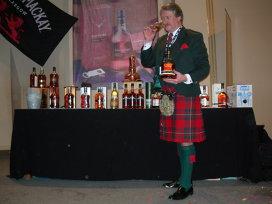 Nasul lui este asigurat la 2,6 milioane dolari. Richard Paterson lansează pe piaţă unul dintre cele mai rare whisky-uri din lume