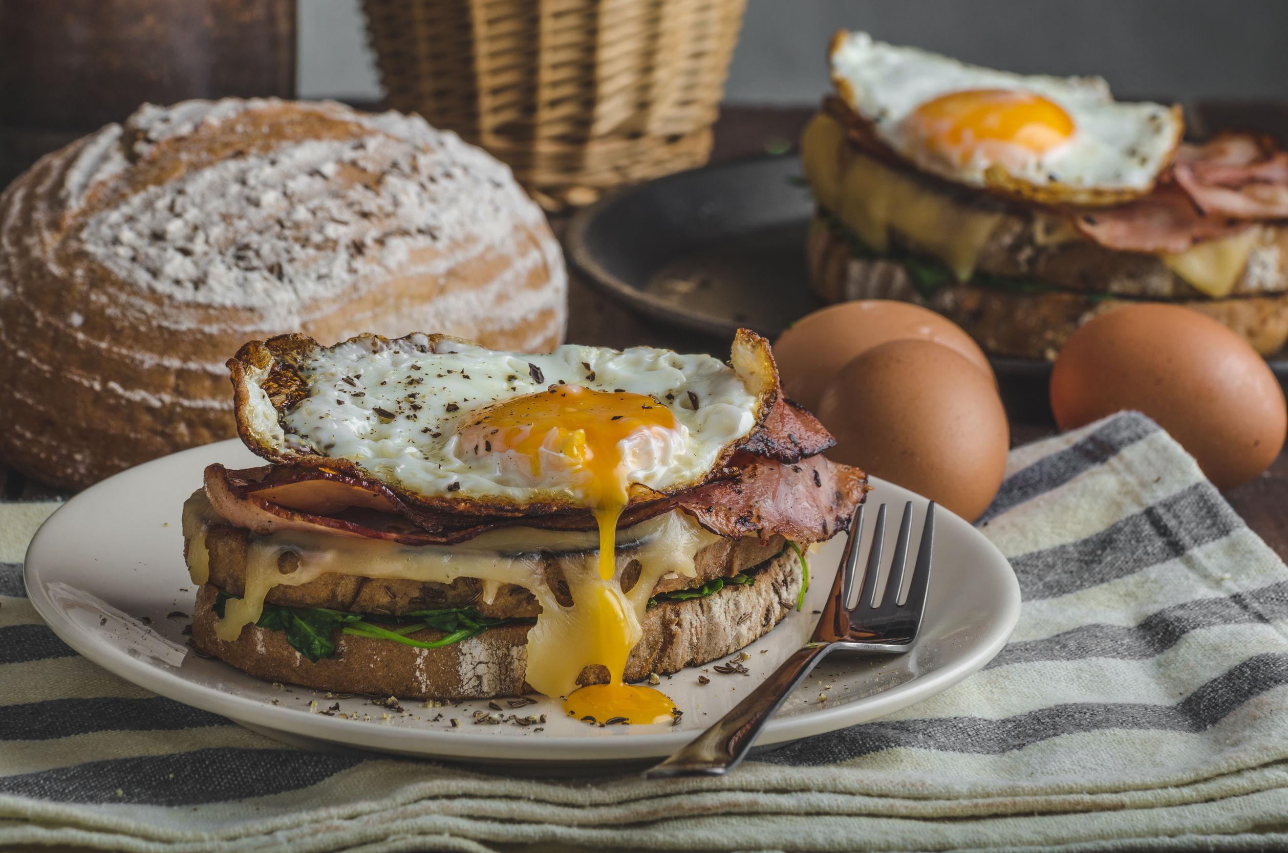 Cinci trucuri prin care poţi aduce Parisul în bucătăria ta