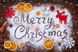 Cinci idei dulci pentru a decora masa de Crăciun