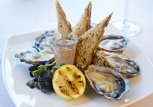 """Şase secrete din prânzul francezilor. Cum trăieşti mai mult sau teoria """"paradoxului francez"""""""