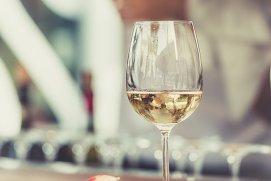 Ce trebuie să ştiţi despre vinul alb Pinot Grigio