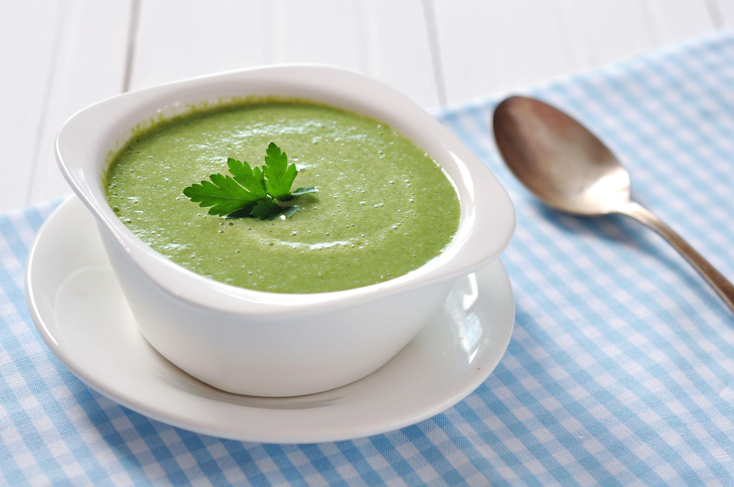 Supă cremă de rucola cu soia verde
