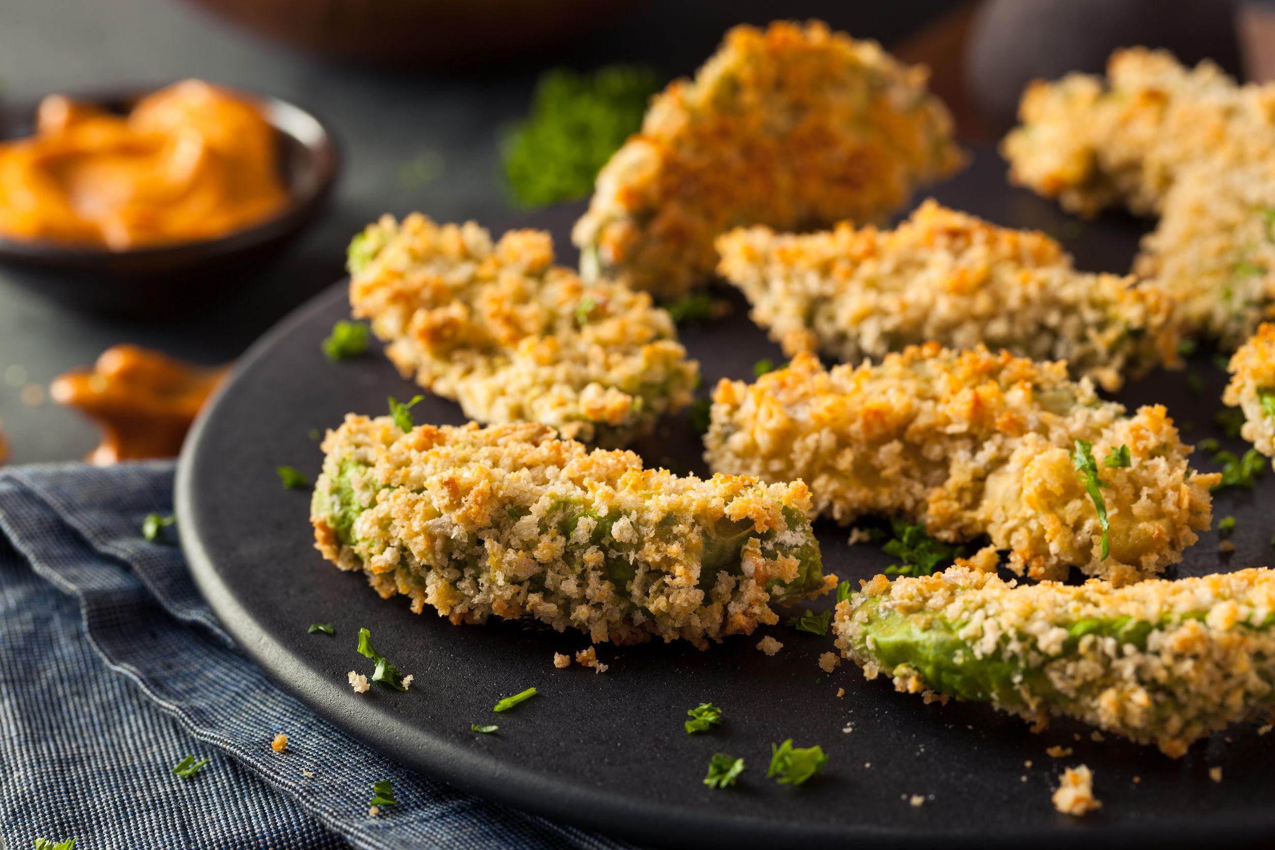 Avocado în crustă la cuptor