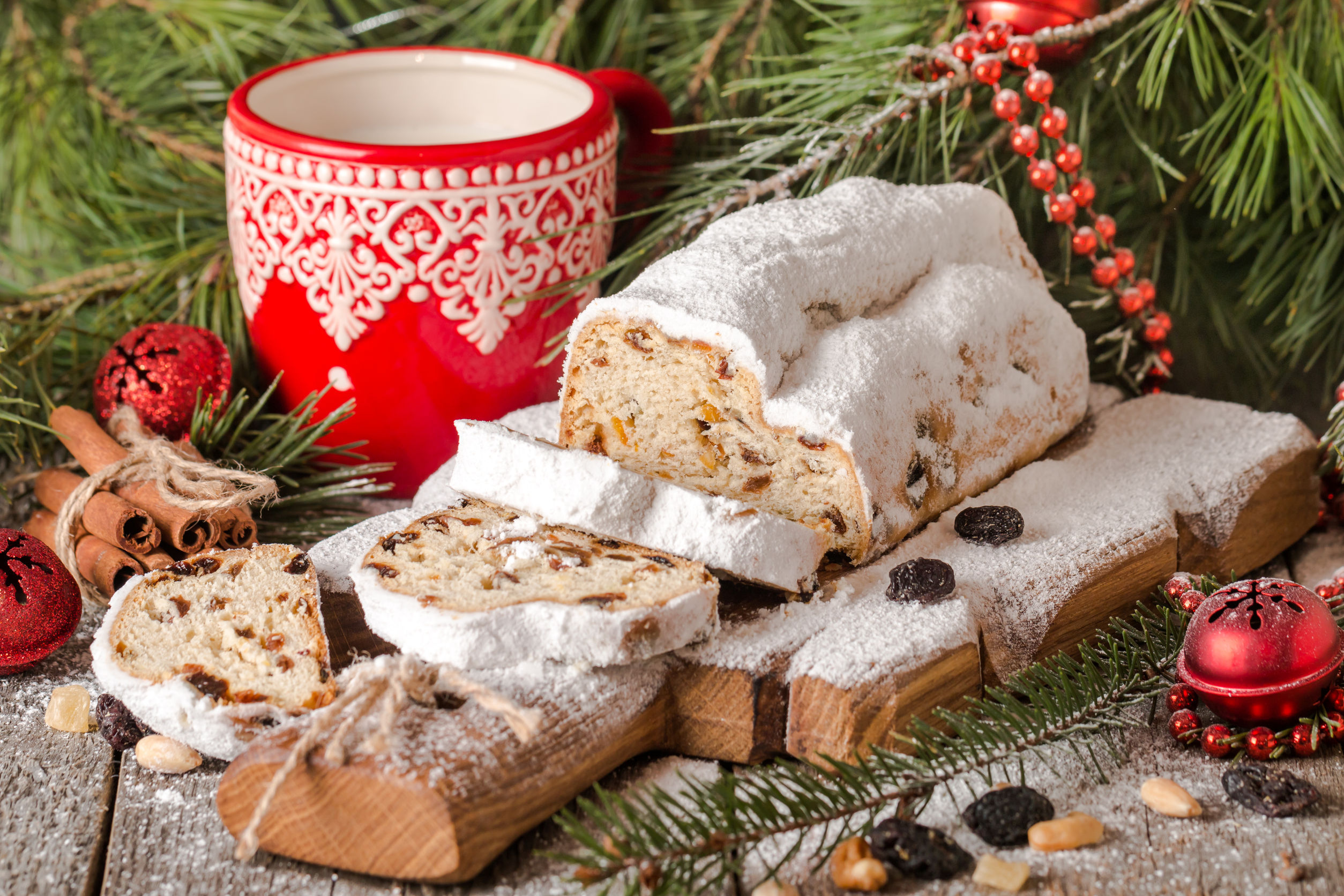 Trei deserturi delicioase de Crăciun, semnate de cei mai în vogă chefi britanici