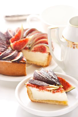 Cheesecake grecesc cu smochine, migdale şi miere