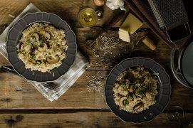 Orez cremos cu parmezan şi ciuperci