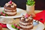 Nu te pricepi la prăjituri? Iată 4 reţete care n-au nevoie nici de cuptor, nici de îndemânare!