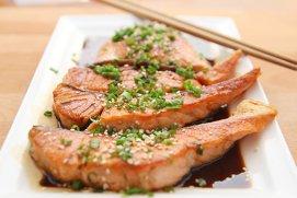 4 variante delicioase de a găti somonul