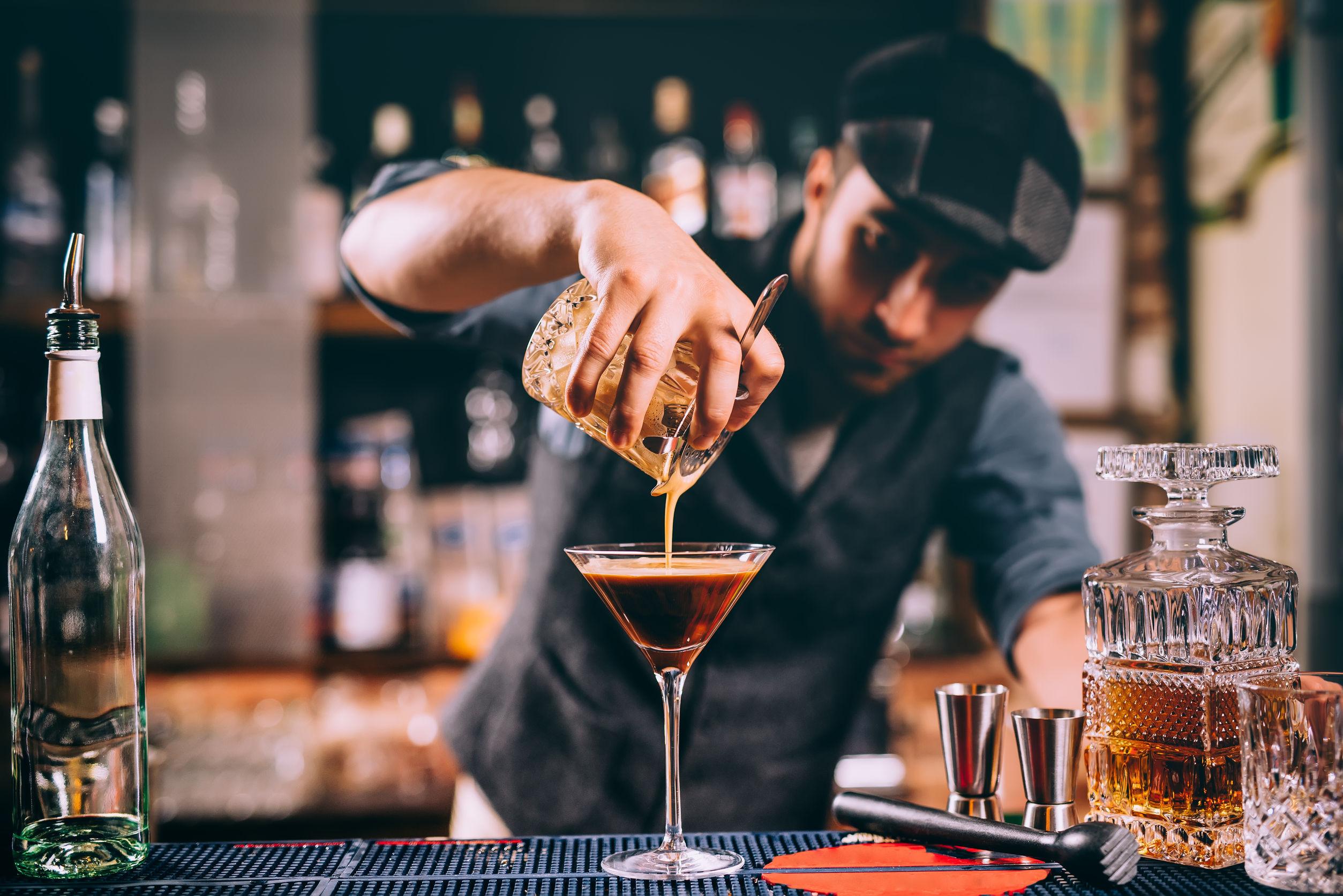 3 cocktailuri de vis cu whisky şi ciocolată