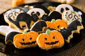 Ce nu ştiai despre Halloween, sărbătoarea în care sunt vândute cele mai multe bomboane. Dulciurile şi mâncărurile simbol