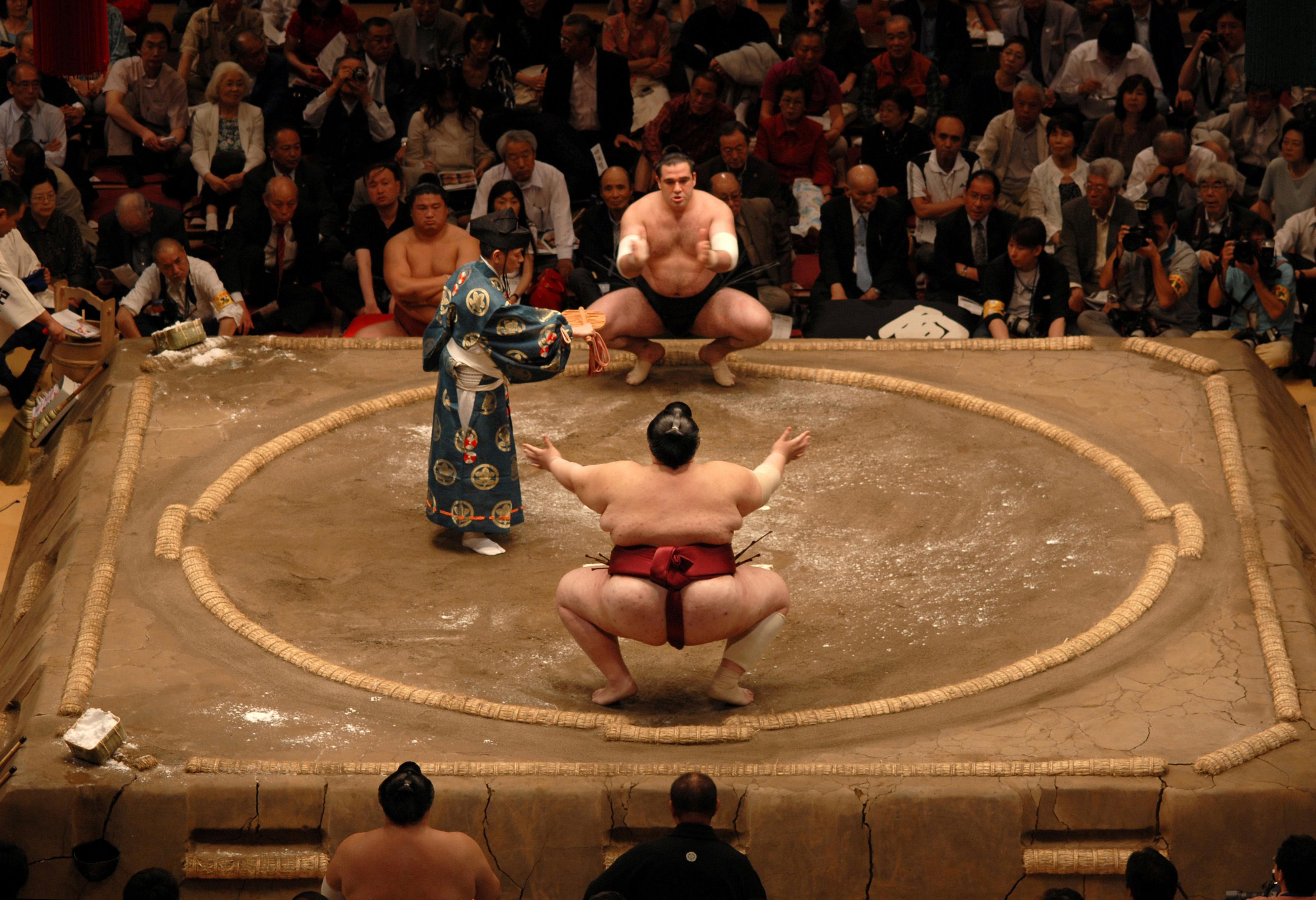 Dieta luptătorului de sumo.9 lucruri pe care nu le ştiai