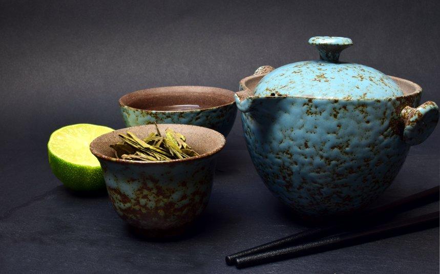 """INTERVIU. """"Ceaiul adevărat este cultivat în ferme mici, în mod tradiţional. La pliculeţe sunt doar resturi"""", Ionela Popa, specialist ceaiuri"""