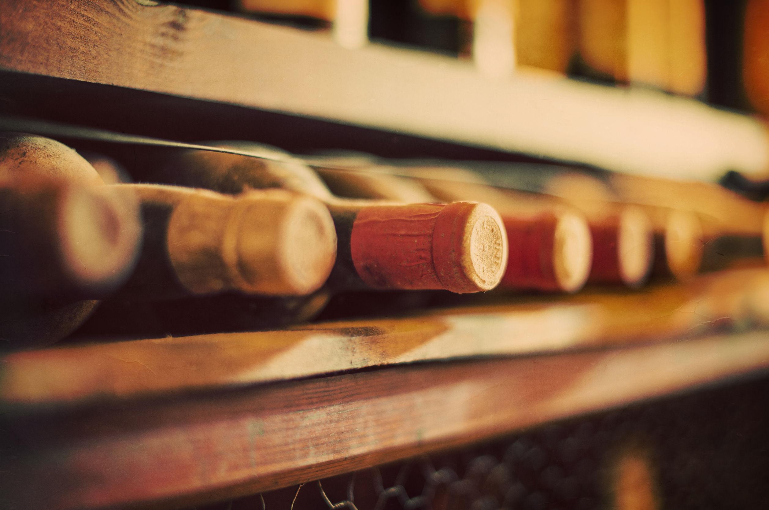 Amendă record: 7,8 milioane de dolari pentru că a vândut vinuri Bordeaux contrafăcute în cele mai mari supermarketuri din Franţa