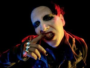Manson anunţă numele viitorului său disc: Say10