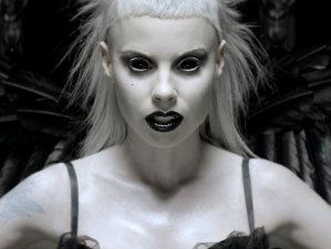 "Die Antwoord a lansat clipul ""Fat Faded Fuckface"""