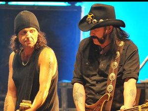 """Fostul chitarist Motorhead, Phil Campbell: """"Lemmy este în mintea mea în fiecare zi, spunându-mi s-o las mai moale"""""""