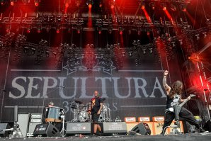 Sepultura lansează album nou