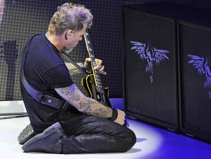 Din cauza unor probleme de sănătate ale lui Hetfield, Metallica vor relua concertul din Copenhaga