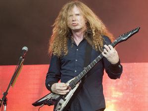 Dave Mustaine, anunţă că Megadeth va cânta în deschirea unei trupe foarte mari, alături de care nu a mai cântat vreodată