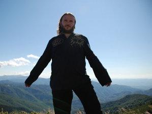 Negru, toboşarul celei mai cunoscute trupe de black metal din România, Negură Bunget, a murit