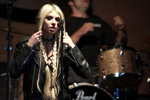 Vocalista The Pretty Reckless, Taylor Momsen, e deschisă colaborării cu Eminem