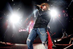 Câţi bani a făcut Guns N'Roses în turneul 'Not In This Lifetime'