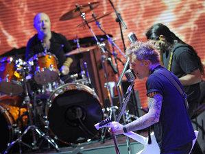 Metallica ar putea fi prima trupă care va cânta în spaţiul cosmic
