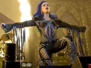 Arch Enemy cântă la Bucureşti şi anunţă un nou album