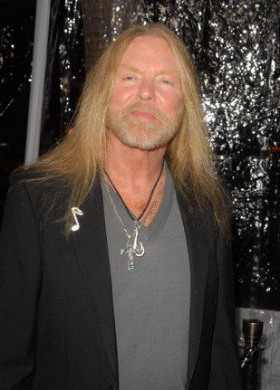 Încă o legendă a rockului a murit