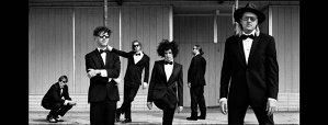 "VIDEO: ""Everything Now"", noul clip Arcade Fire"